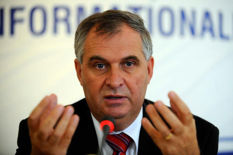 Deputatii au dat unda verde pentru urmarirea penala a fostului ministru Valerian Vreme. ,,Nici acum nu cred ca am savarsit vreo fapta nelegala