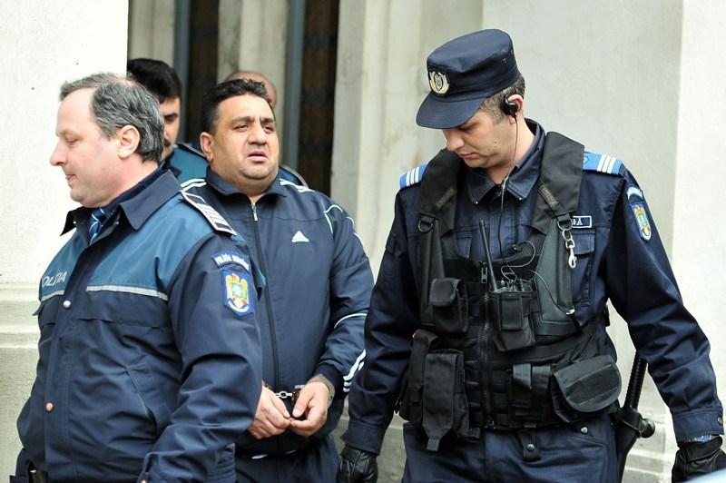 Bercea Mondial ramane in arest preventiv, iar fiica acestuia, Izaura, in arest la domiciliu