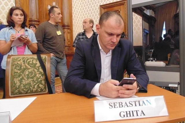 Cine e Sebastian Ghita, omul cu televiziune la purtator, care vrea sa devina presedintele executiv al PSD, fara sa fi vorbit vreodata �n fata partidului. Iliescu spune ca nu �l cunoaste