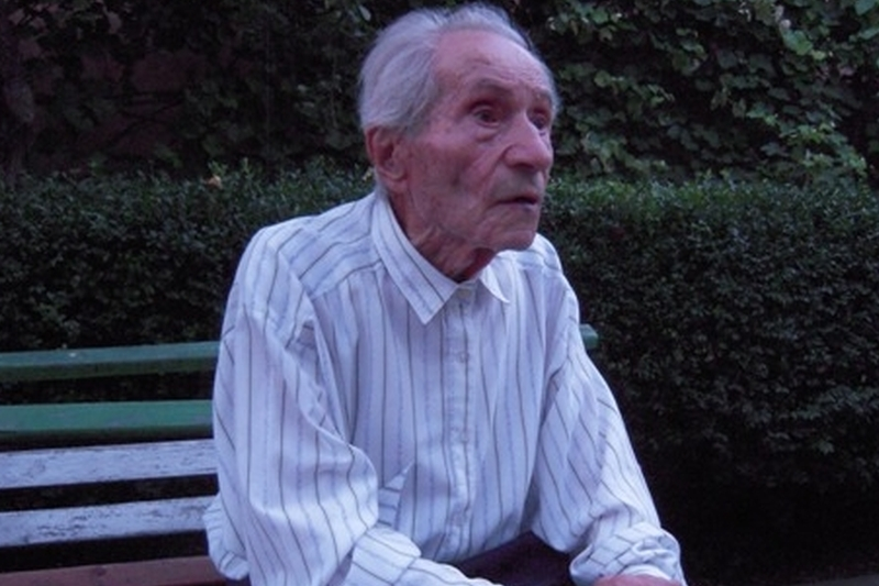 Doi veterani de razboi centenari au votat in Alba