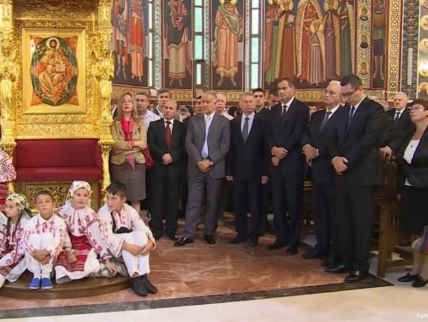 PSD face din preoti agenti electorali pentru Ponta: ,,Am vorbit cu toti popii. In fiecare biserica, un om trimite un SMS. La fiecare sectie de votare, sa vad doi oameni. Sa fie directori de scoli, postasul din sat