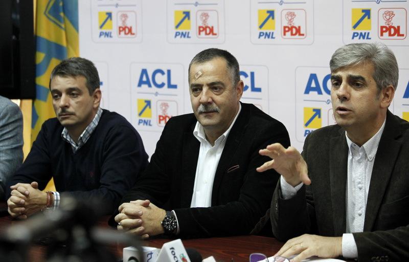 ACL Buzau a declansat actiuni in instanta impotriva alesilor locali PNL si PDL care au trecut la PSD