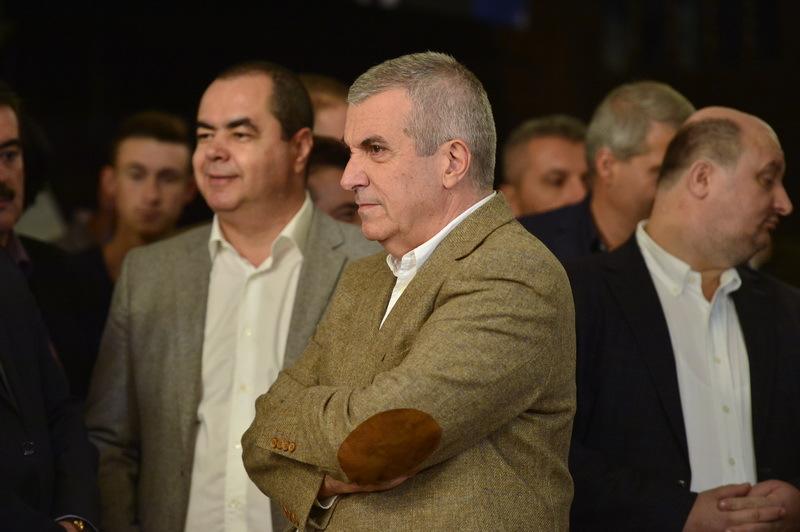 Tariceanu: Desi a castigat turul 2, Iohannis ramane neadecvat pentru functia de presedinte