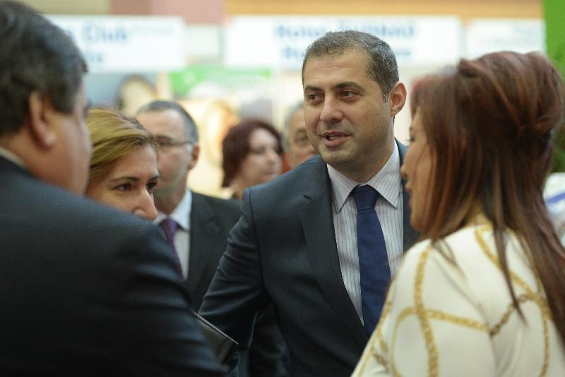 Ziua retragerilor din Guvern, pe Facebook. Florin Jianu, ministrul Turismului: ,,Guvernul viitor va contine numai oameni politici
