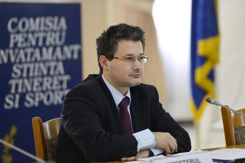 Functia detinuta de Mihnea Costoiu, desfiintata in noul guvern Victor Ponta