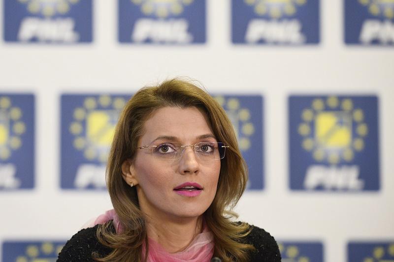 Premiera in istoria PNL. Cine este Alina Gorghiu, noul presedinte al partidului
