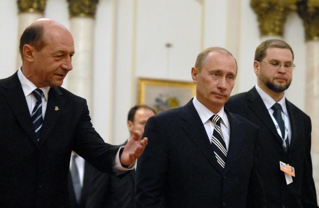 Politica externa in era Basescu - optiune pro occidentala clara si deteriorarea relatiei cu Rusia