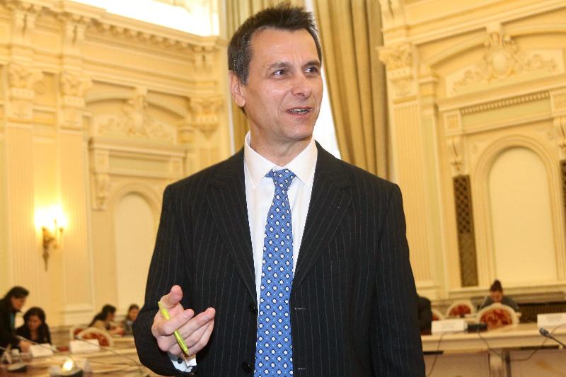 Fostul ministru Stanoevici, actorul contestat pentru votul din diaspora, numit de Ponta secretar la Cultura