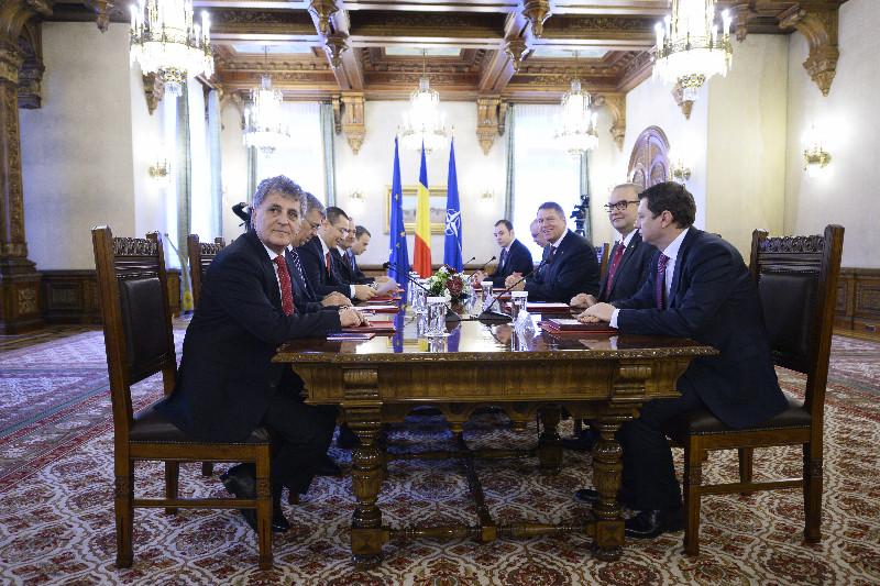 Noi consultari la Cotroceni, pentru Codul Electoral. Iohannis: ,,Avem nevoie de un Parlament mai mic, mai eficient, mai credibil