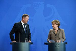 Liderul Forumului Germanilor, după ce l-a însoţit pe Iohannis la Berlin: Doamna Merkel spune că România şi Bulgaria au intrat un pic precoce în UE