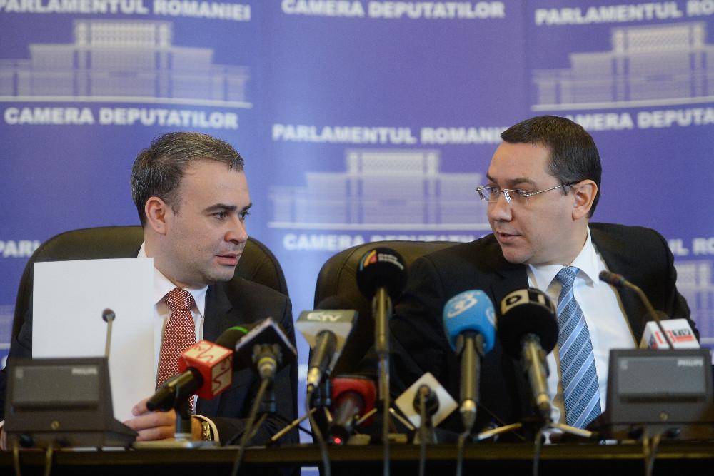 BREAKING NEWS. Pus cu spatele la zid de DNA, premierul Ponta a facut, in urma cu cateva minute, ANUNTUL BOMBA!