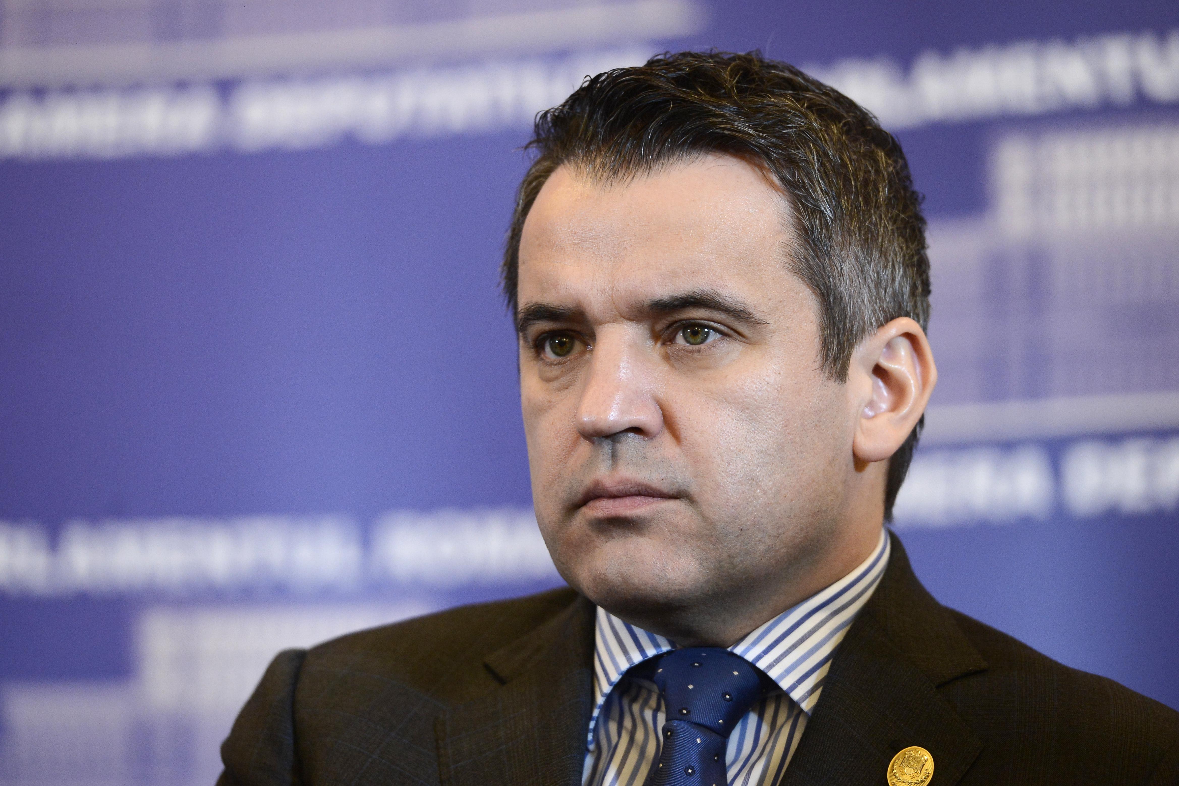 Un deputat traseist, atac la Marian Oprisan. Legatura dintre presedintele CJ Vrancea si
