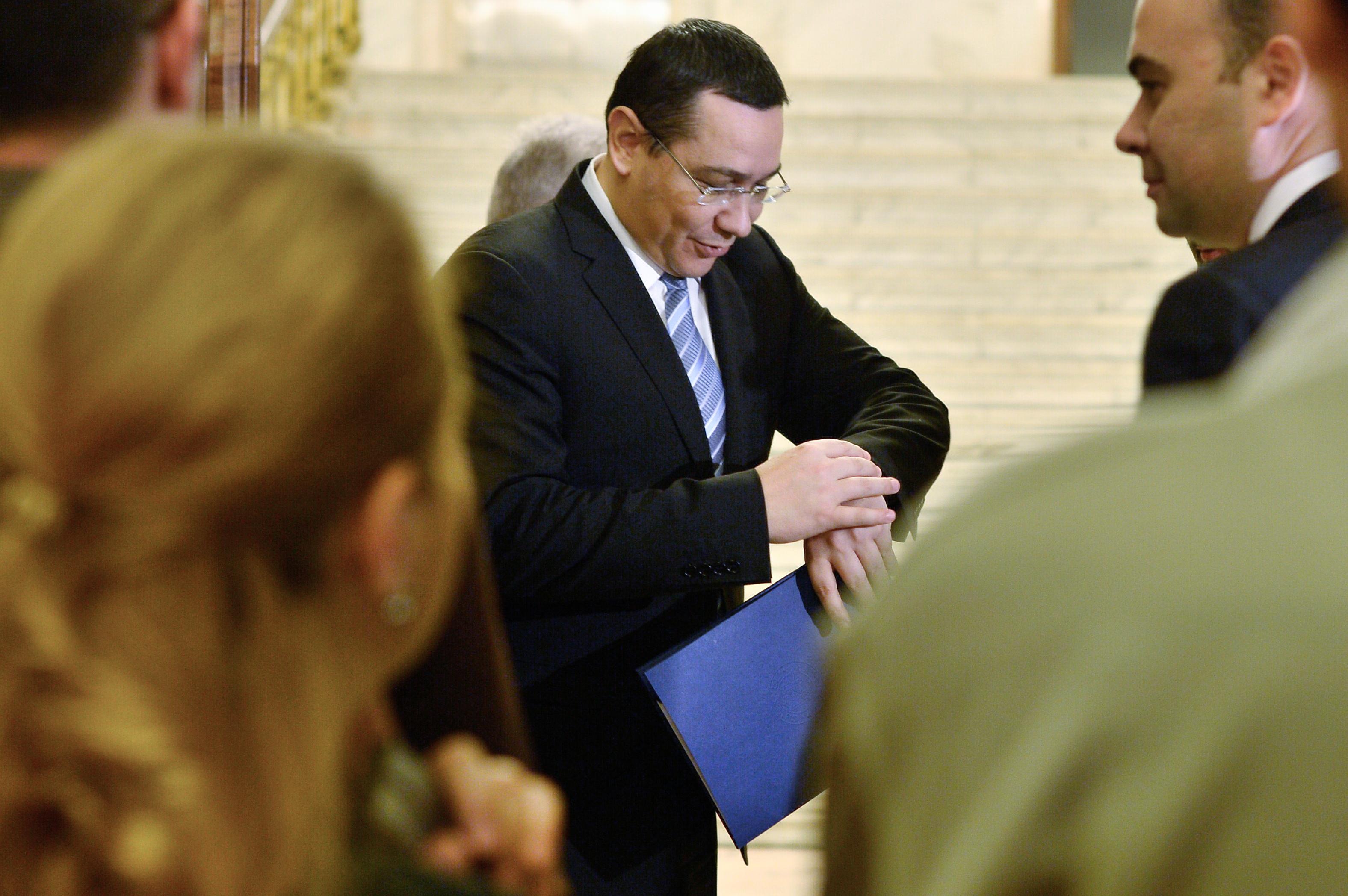 Guvernul se grabeste cu Codul Fiscal. Ponta: ,,Maine avem din nou sedinta numai pentru cele doua proiecte