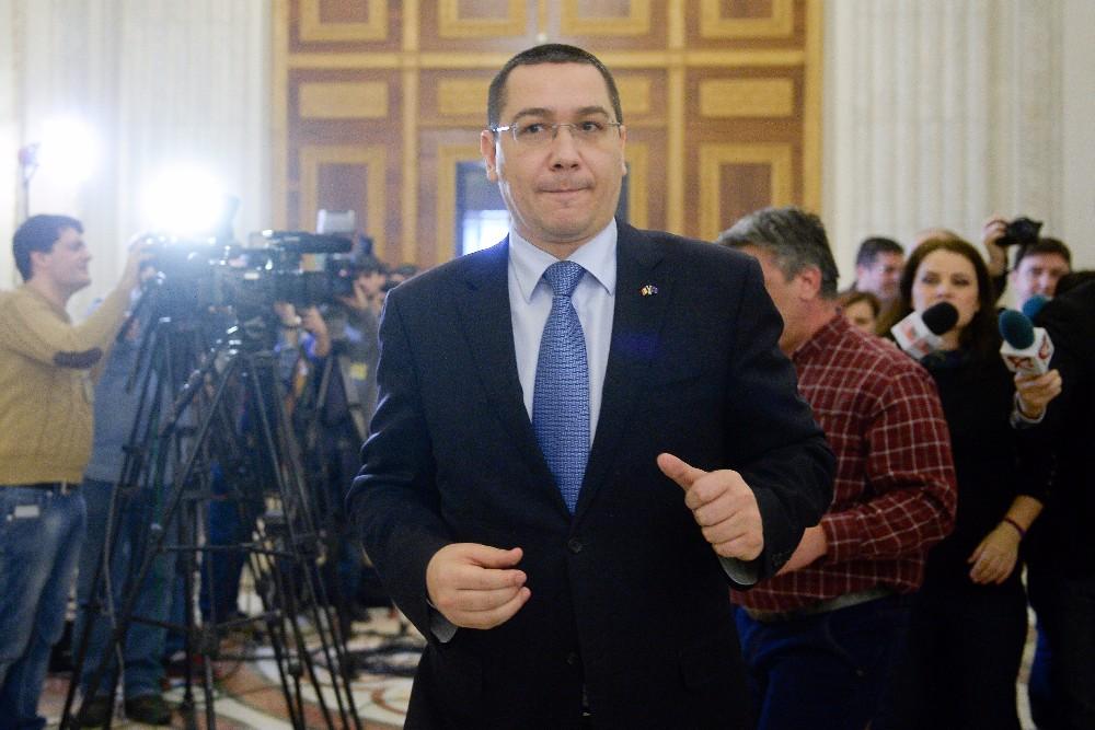 Ponta cauta un ministru de Finante. Dragnea: ,,Din nefericire, exact cand promovam Codul Fiscal, s-a intamplat si acest necaz cu domnul Valcov