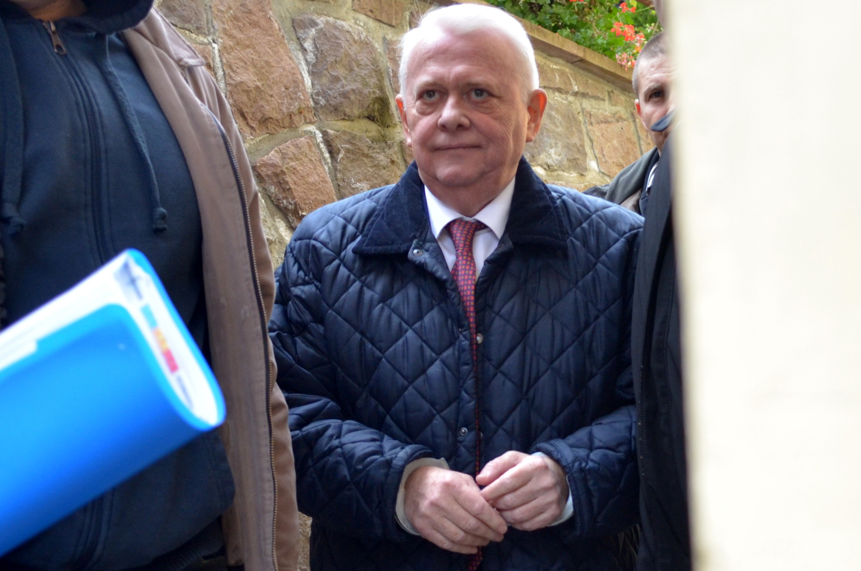 Viorel Hrebenciuc, la iesirea din arest, spune ca a fost in ,,Penitenciarul Coldea