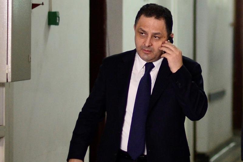 Prefectul Capitalei spune ca Vanghelie a fost suspendat din functia de primar al Sectorului 5