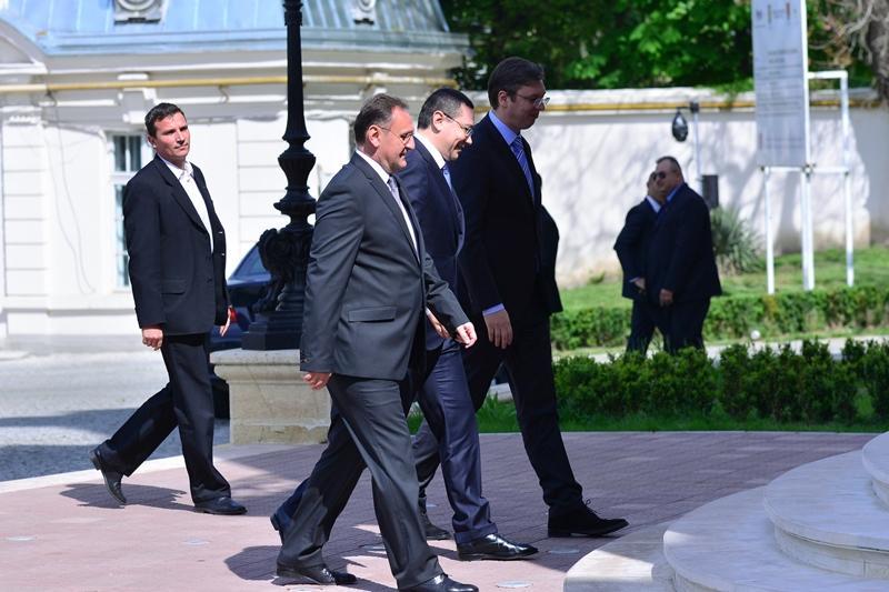 Ponta, la trilaterala cu omologii din Serbia si Bulgaria: Trebuie sa acceleram proiectele de infrastructura energetica