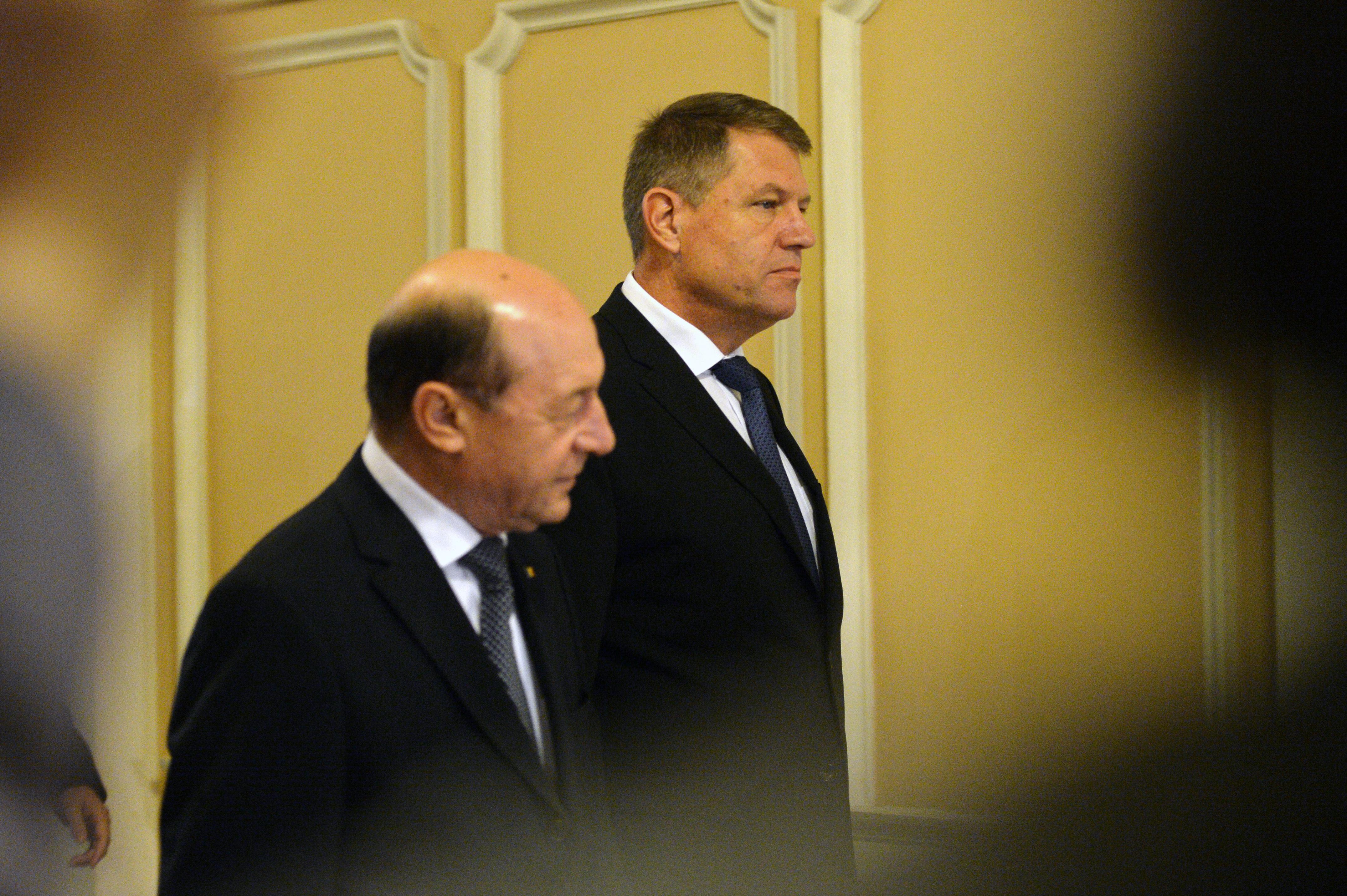 Basescu il ataca dur pe Iohannis: ,,Unele lichele aflate in cea mai inalta functie ma aloca unui blat cu Ponta. Nu sunt alocabil