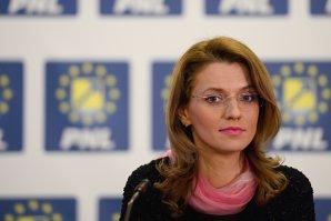 Alina Gorghiu, după decizia Curţii de Apel Bucureşti: Ponta sfidează două milioane de români pe care nu îi lasă să voteze