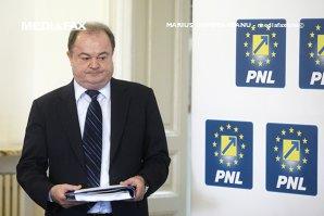 Noi acuzaţii pentru co-preşedintele PNL: Şeful Nei Guard spune că Blaga i-a cerut să-l ajute pe ginerele său cu firma de pază