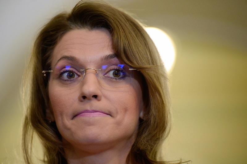 Tariceanu o tamponeaza usor pe Alina Gorghiu. Sefa PNL: ,,Sunteti berbecele lui Ponta!