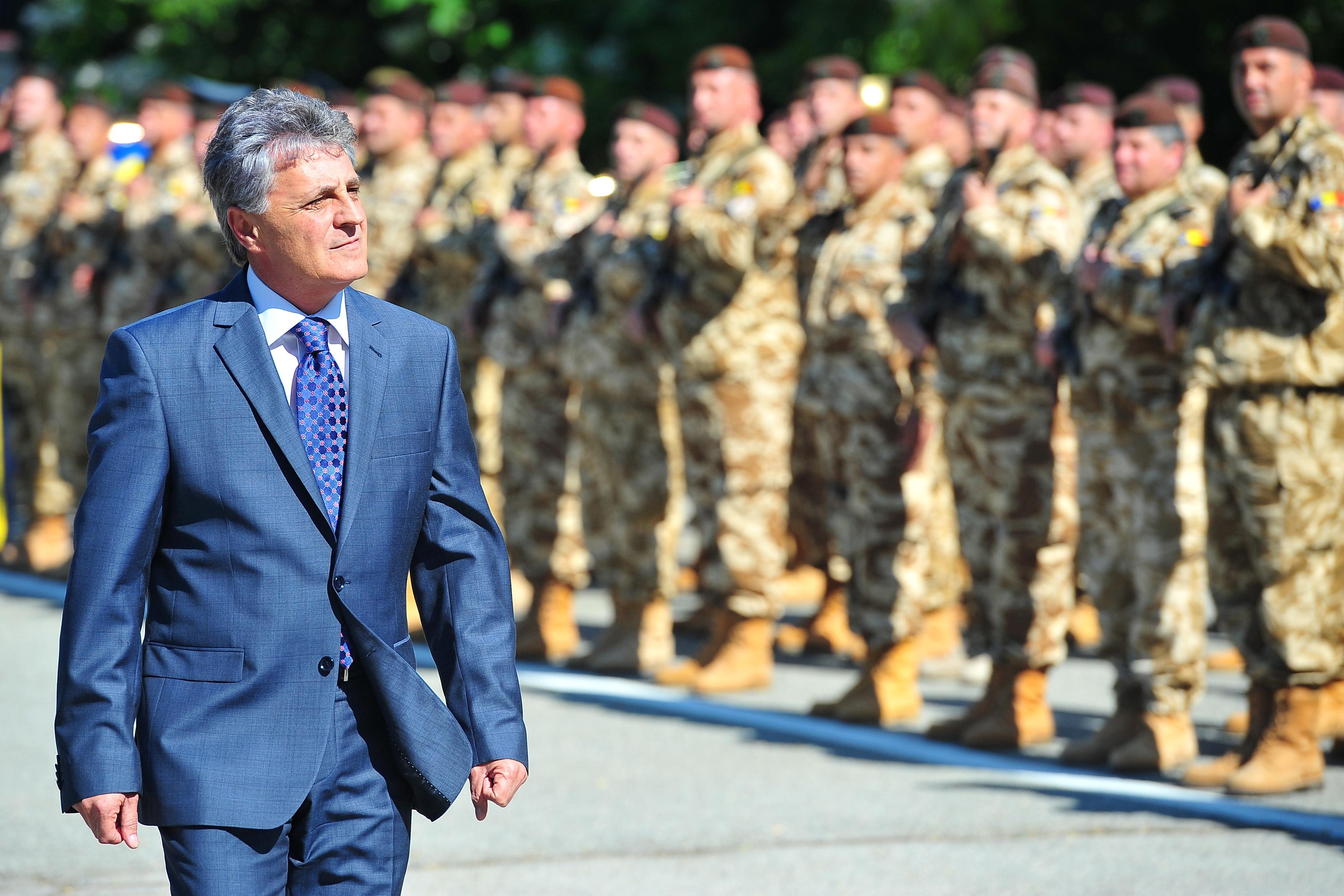 Romania, mai aproape de reintroducerea STAGIULUI MILITAR obligatoriu. Proiectul de lege care face primul pas