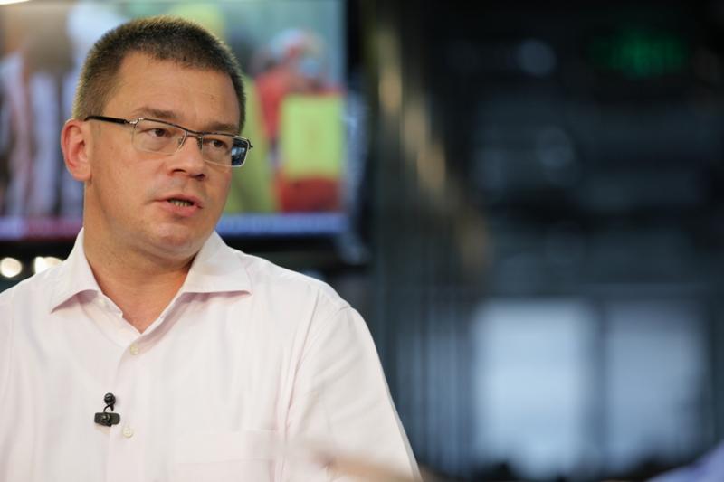 Scandal in PSD din cauza numirii lui Ungureanu la SIE, Coalitia de guvernare