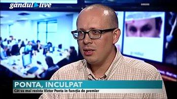 """""""Rovana Plumb e o soluţie pentru multe luni de acum încolo. E o formulă convenabilă şi pentru Victor Ponta, şi pentru Liviu Dragnea"""""""