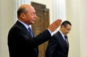 Băsescu îi dă sfaturi lui Ponta: E inadmisibil gestul lui Dragnea cu miniştrii. Dacă eram premier, era dat cu capul de toţi pereţii