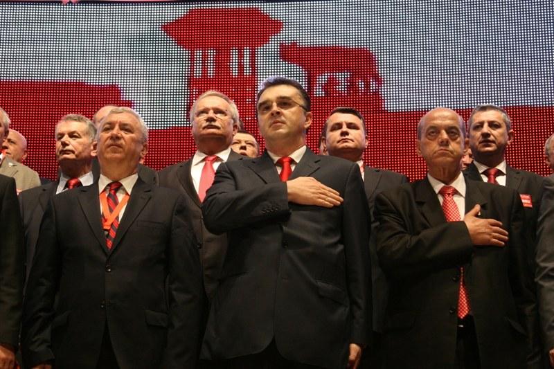 Lovitura DNA din aceasta noapte produce un CUTREMUR fara precedent in PSD. Victor Ponta ia o ultima DECIZIE!