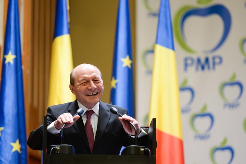 Inevitabilul s-a produs! Toate BANUIELILE au fost CONFIRMATE! In doua saptamani, Basescu va OFICIALIZA totul