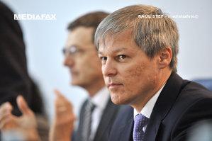 """Primul atac din PNL la premierul Cioloş. """"Decizia inexplicabilă"""" pe care o critică liberalii"""