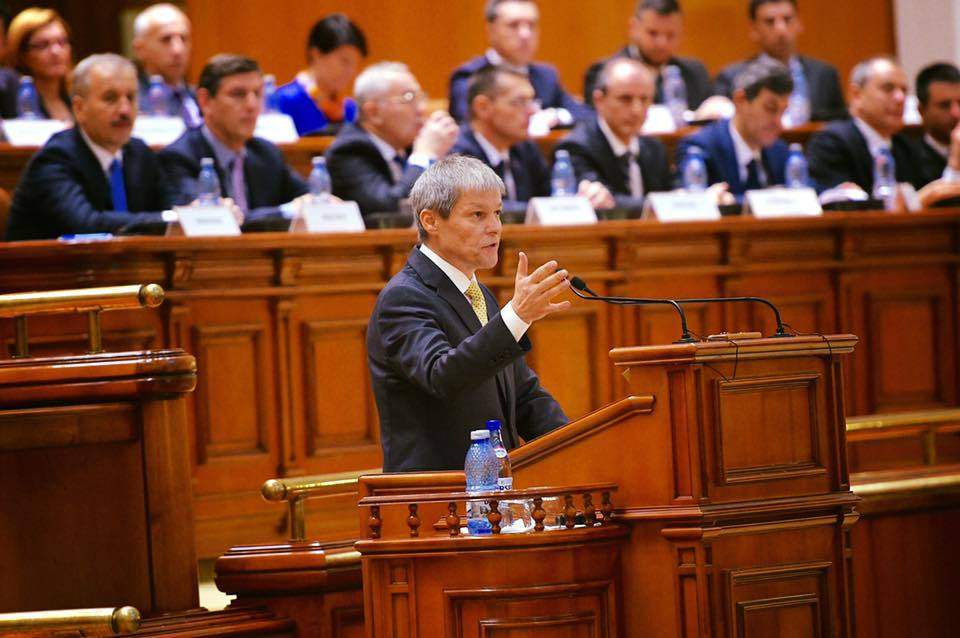 Mica revolta a PNL dupa ce Ciolos nu le-a dat ordonanta pentru primari. ,,Dincolo de calitatea de tehnocrati, cei din guvern au si o responsabilitate politica