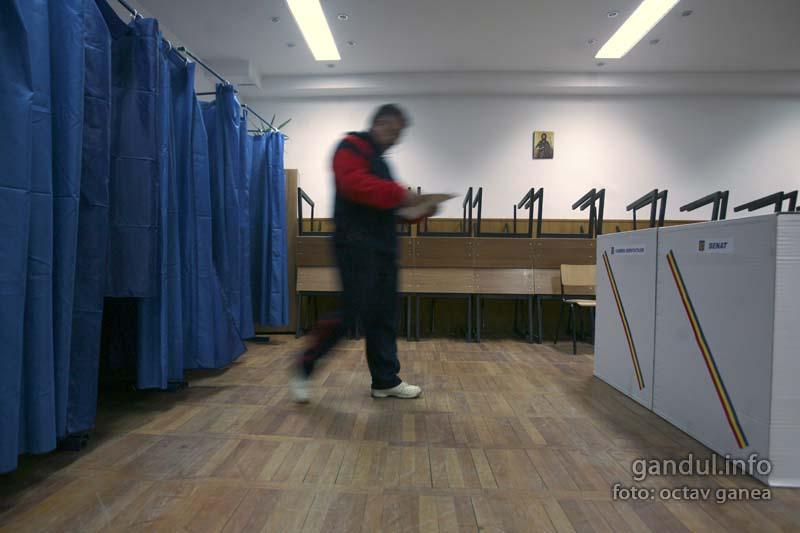 Candidatul la alegerile locale care nu a votat niciodata si nu isi cunoaste adversarii: ''E un pic ciudat''
