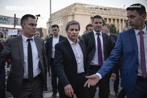 Reacţia lui Cioloş după acuzaţiile grave făcute de ministrul demisionar al Culturii