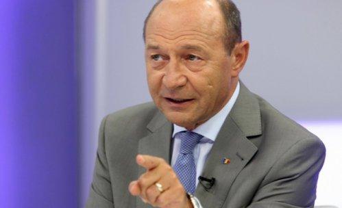 """Băsescu, reacţie după declaraţiile lui Ponta: """"Măi mitomanule, România nu a fost nicio clipă în pericol de ukrainizare"""""""