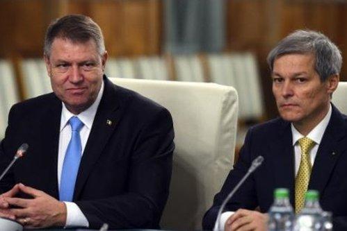 Primul sfat al lui Iohannis pentru Cioloş: ''E o întrebare la care ar trebui să răspundă''