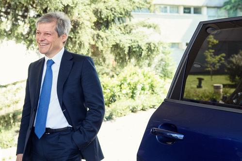 Planul lui Cioloş înainte de alegeri: Voi prezenta o platformă partidelor