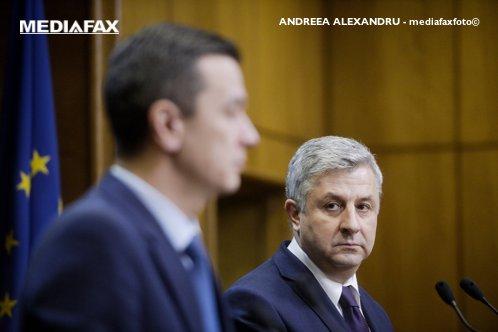 """Ministrul Justiţiei, pentru Gândul: """"Nu retrag ordonanţele privind graţierea şi codurile penale. N-am premier în ţară"""""""