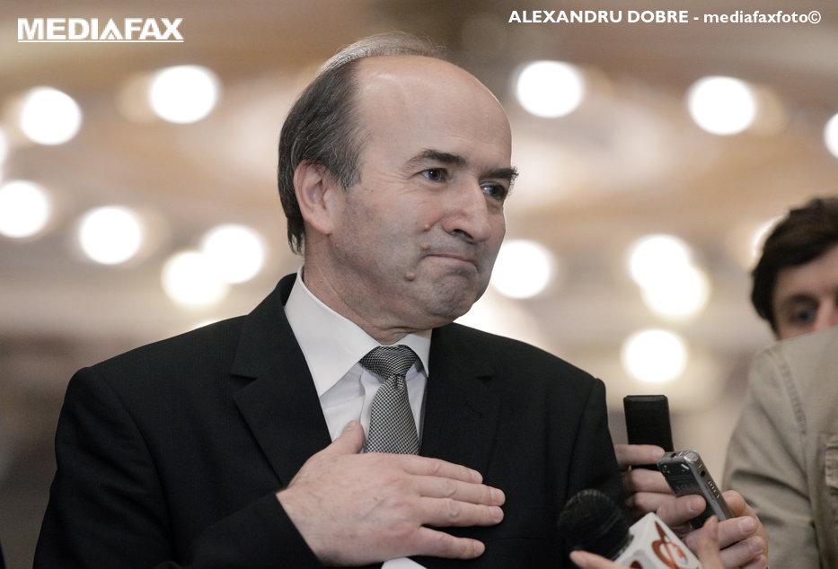 """Toader explică OUG 13 la Bruxelles: """"CCR a dat o decizie de principiu: procurorul nu poate ancheta miniştri care legiferează"""""""