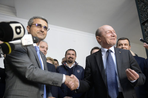 """Turcescu, atac la Băsescu. """"Orice compromis cu Dragnea &Co e inacceptabil"""""""