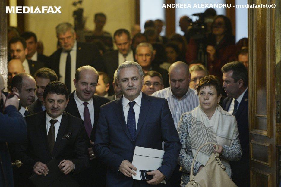 PSD convoacă Parlamentul duminică, pentru a citi moţiunea împotriva Guvernului Grindeanu. Pe cine se bazează Dragnea