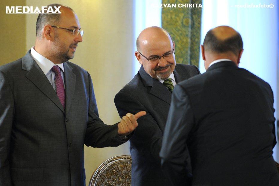 Băsescu, mesaj pentru UDMR: Nu interveniţi în răfuiala dintre clanurile din PSD