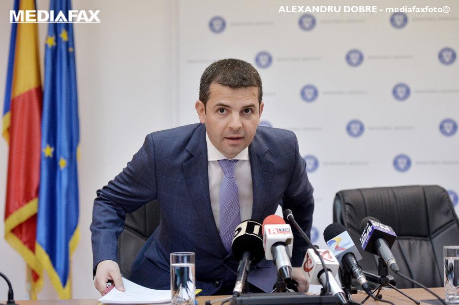 Daniel Constantin: Am certitudinea că moţiunea nu va trece. Negocieri cu Grindeanu înainte de citirea textului în plen