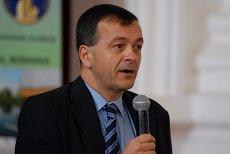 Cine este Lucian Georgescu, ministrul propus la Cercetare, a cărui  soţie câştigă 9.000 de euro ca medic în Franţa