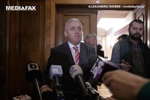 După ce a cerut un punct de vedere la ANI referitor la incompatibilitate, Ţuţuianu a decis: Îmi dau demisia