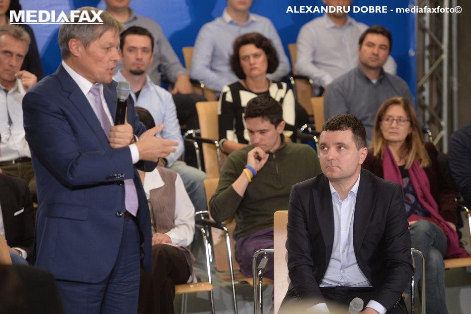 Răspunsul neaşteptat al lui Cioloş la oferta USR. Ce a scris în agendă