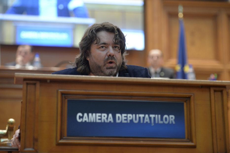 Goţiu, reacţie după avertismentul transmis de Băsescu televiziunilor.