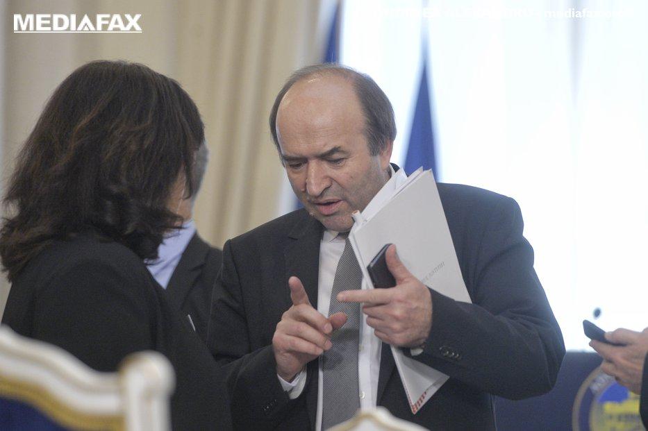 Toader, despre înregistrările cu procurori: Dacă sunt adevărate, să fie cunoscute de societate