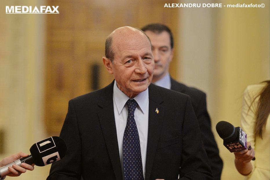 """Băsescu, despre omul care ar da Republica Moldova pe mâna ruşilor chiar mâine: """"Noroc că nu se grăbeşte Putin"""""""